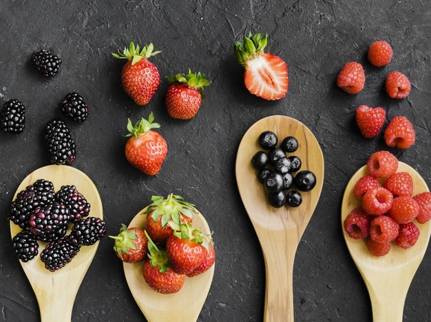 Eat berries for clear and healthy skin